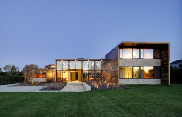 Sam's Creek House by Bates Masi Architects